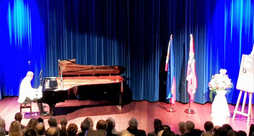 Aside from Philippine kundiman songs, Dr. Sunico performed pieces of Norwegian pianist Edvard Grieg