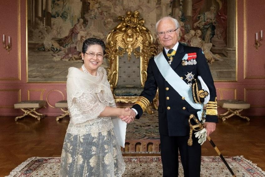 Ambassador Jocelyn Batoon-Garcia Presents Her Credentials as Non-Resident Ambassador to His Majesty King Carl XVI Gustaf of the Kingdom of Sweden